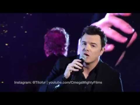 Seth MacFarlane's Christmas Concert at TheGrove [FULL SHOW]