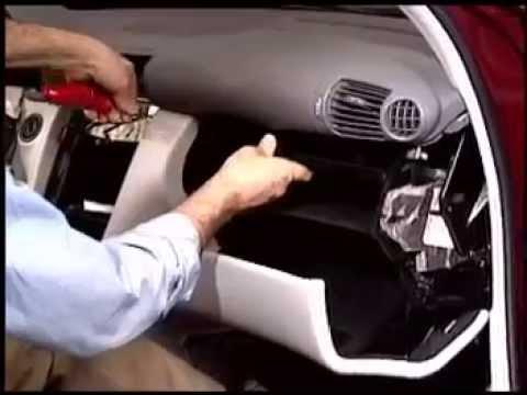Снятие панели пассажира w203