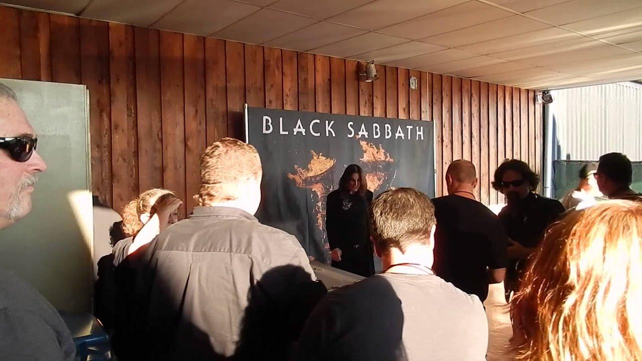 Black sabbath meet and greet stuff tinley park il 8 16 2013 youtube black sabbath meet and greet stuff tinley park il 8 16 2013 m4hsunfo