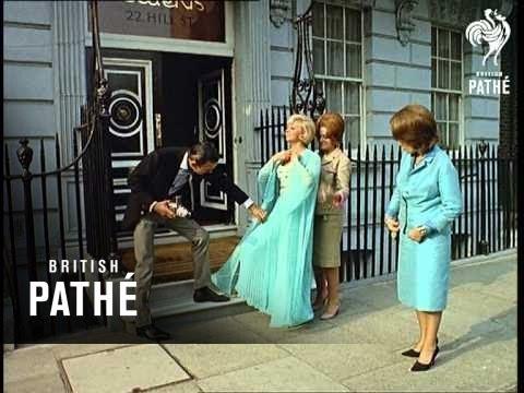 Trouser Fashions (1964)