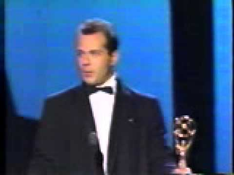 Bruce Willis wins an Emmy for Moonlighting (1987)