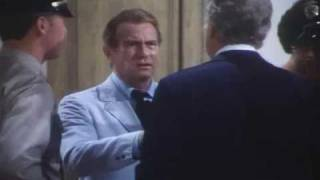 Kolchak: The Night Stalker - [S1E08] Bad Medicine (auction scene)