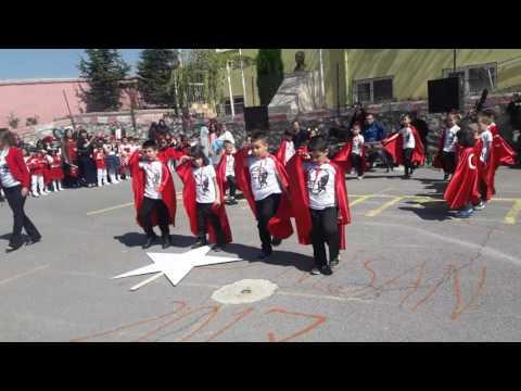 Haluk Levent İzmir Marşı 23 Nisan Gösterisi