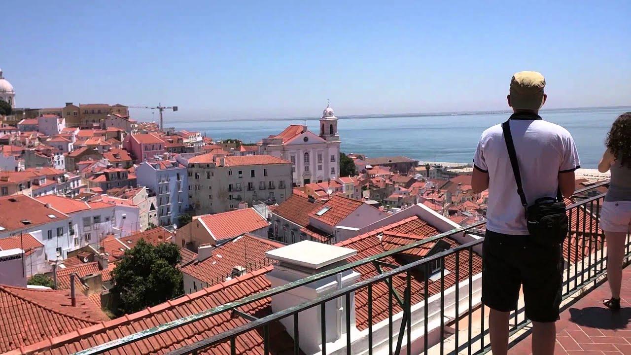 Miradouro das Portas do Sol, Lisboa - YouTube