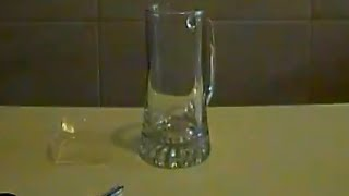 Simulazione sonora vetri rotti - breaking glass  (cose strane, effetti sonori - strange things)