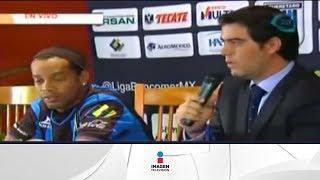 Las preguntas en la presentación de  Ronaldinho en Gallos de Querétaro