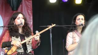 Mahsa and Marjan Vahdat - Crane (WOMAD, Charlton Park, 27/07/2014)
