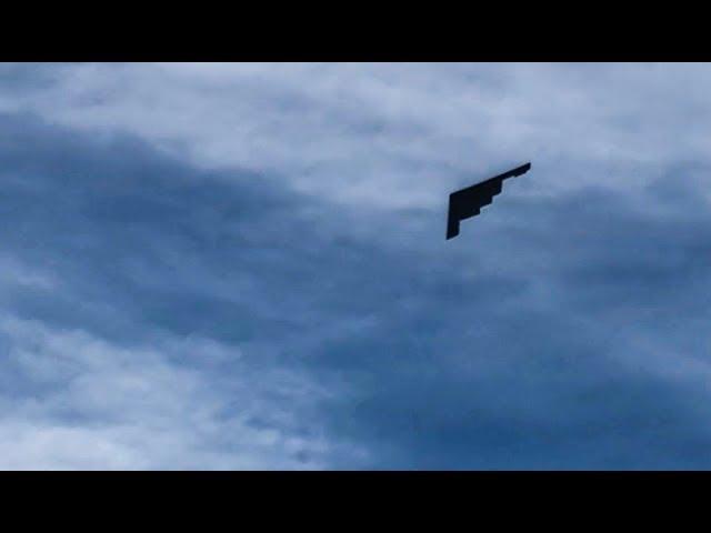¿Serías capaz de abatir el avión invisible del ejército de Estados Unidos en pleno vuelo?