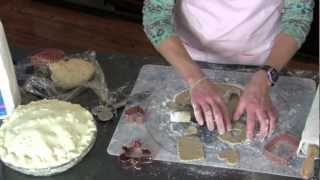 Jules' Silicone Baking Mat Cookie Demo
