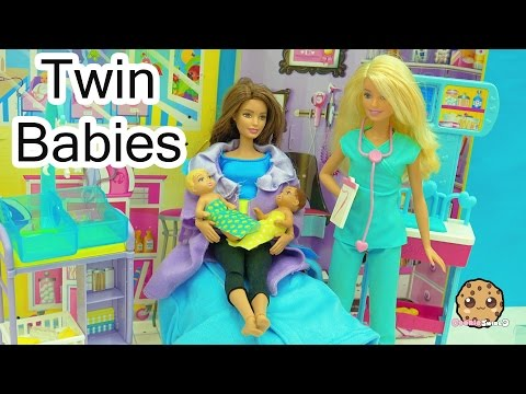 Dr. Barbie Baby Doctor - Twin Babies! Medical Doll + Twozies with Surprise Blind Bags