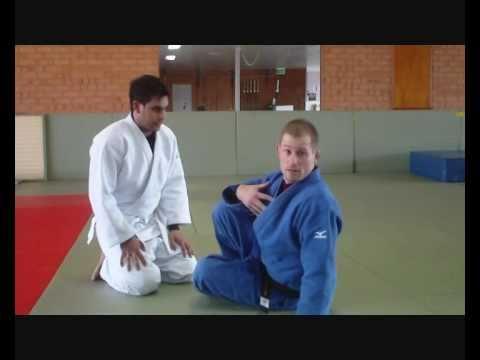 Flavio Cantos Strangle - very very sneaky technique