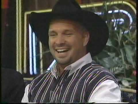 Garth Brooks and Trisha Yearwood Dish on Primetime TV Special ...