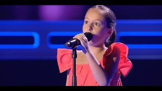 """Paz: """"Con Un Poco De Azúcar"""" - Audiciones a Ciegas - La Voz Kids 2017"""