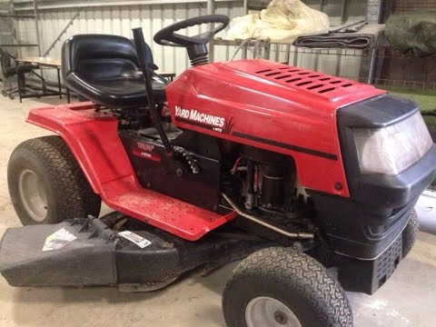 MTD yard machine 38inch cut 6 speed 13 hp Briggs and Stratton motor