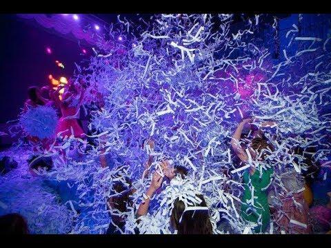 Бумажное шоу 2019 Дед Мороз и Снегурочка - серебряное шоу Москва светодиодное шоу - 8(977)512-9767