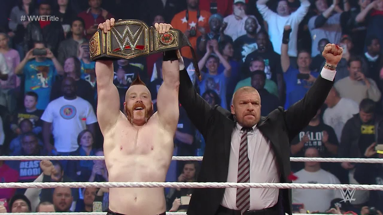 Download Sheamus cashes in Money in the Bank contract at Survivor Series 2015