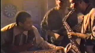 Walter Beasley On the Edge (rare 1987 video - Funky Smooth Jazz)