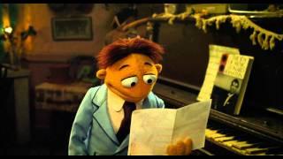 "Disney España | Los Muppets: ""Man or Muppet"""