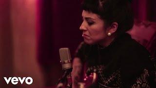Video Mon Laferte - Tormento (Acoustic) download MP3, 3GP, MP4, WEBM, AVI, FLV Agustus 2018