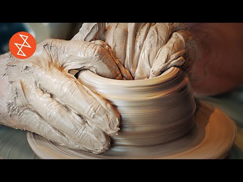 Making a Stoneware Teapot | Throwing, Glazing & Firing | Où