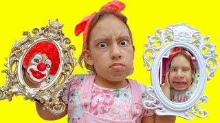 Maria Clara e os espelhos mágicos que mudam o rosto | Magical Mirrors Changing Faces - MC Divertida