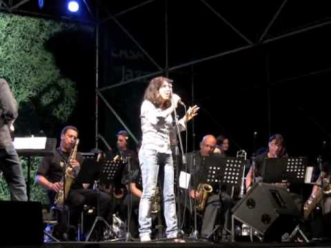 Cristina Crotti & FELT School Big Band - The lady is a tramp