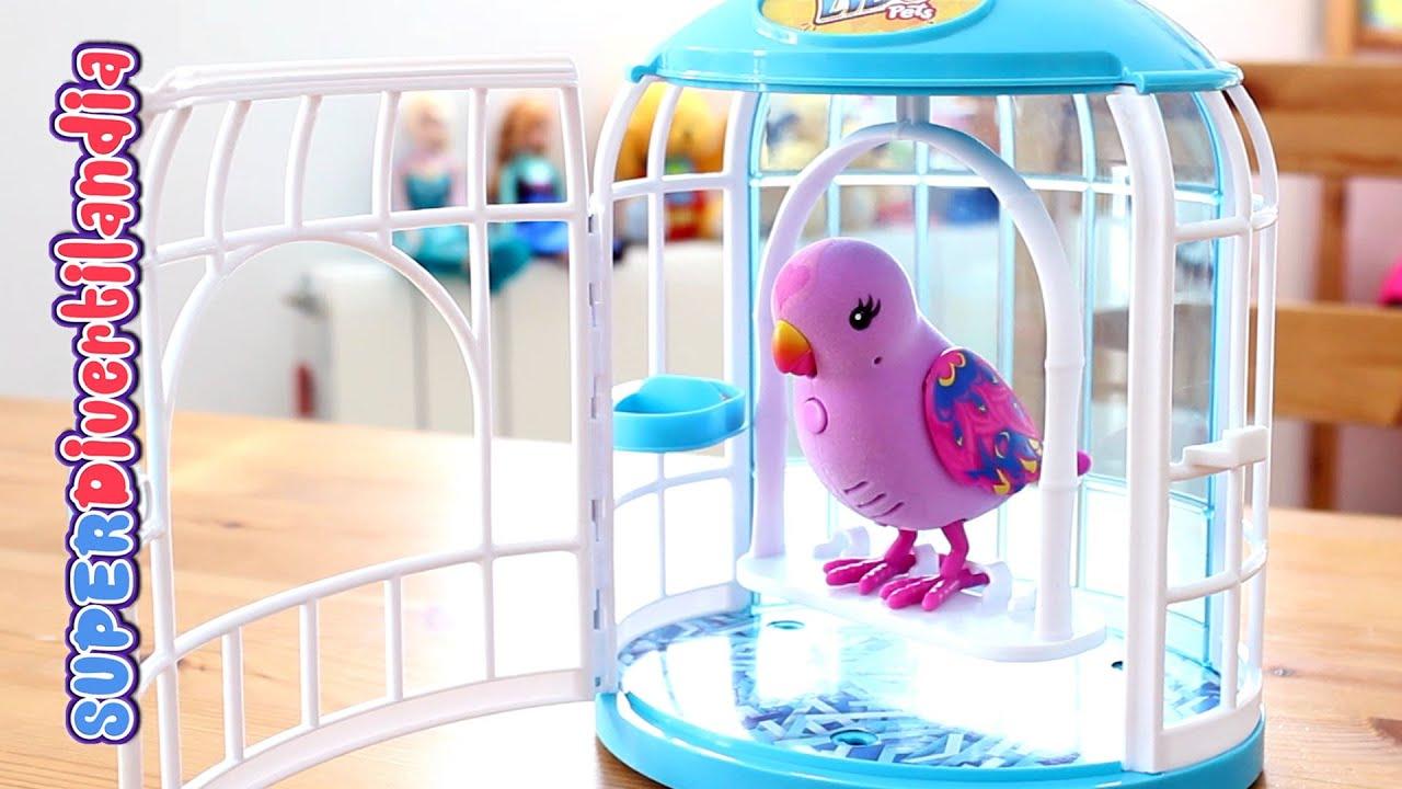 Pajarito parlanch n con su jaula little live pets pia for Espejo que habla juguete