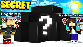 noob Girl finds SECRET Minecraft house
