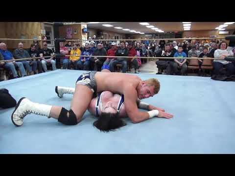 Davienne vs. Channing Thomas - Limitless Wrestling (Intergender, Let's Wrestle)
