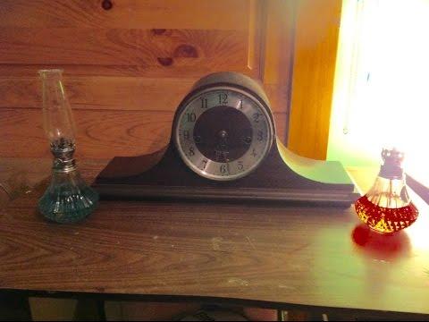 Creepy clock chiming sound effect