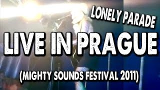 LONELY PARADE - SARAH BLACKWOOD LIVE AT MIGHTY SOUNDS FESTIVAL