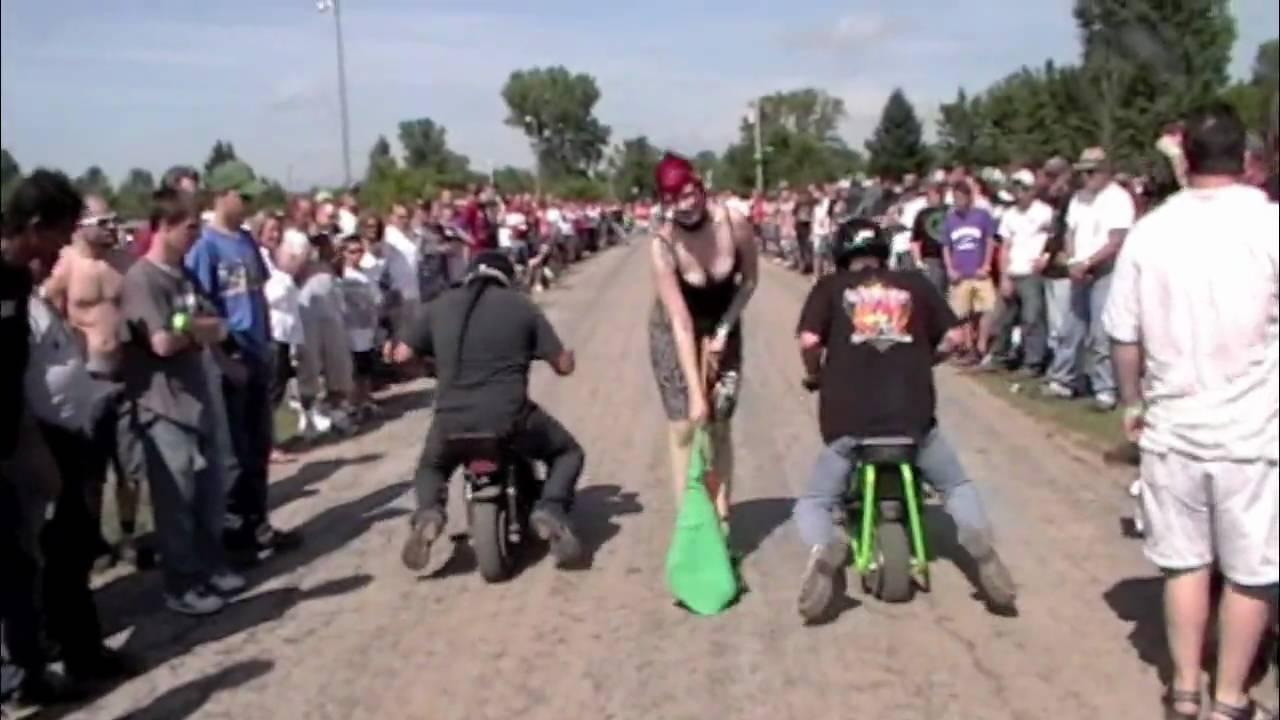Symco Shakedown Mini Bike Races - YouTube