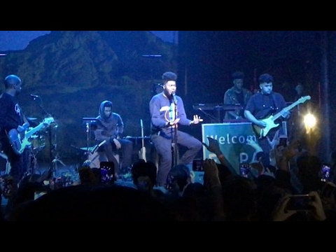 Khalid - Reasons Live