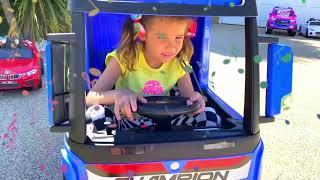 Катя и её новый велосипед