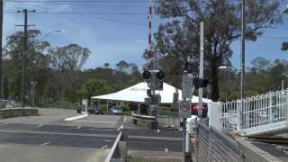 WARNERVALE LEVEL CROSSING. WARNERVALE, NEW SOUTH WALES.