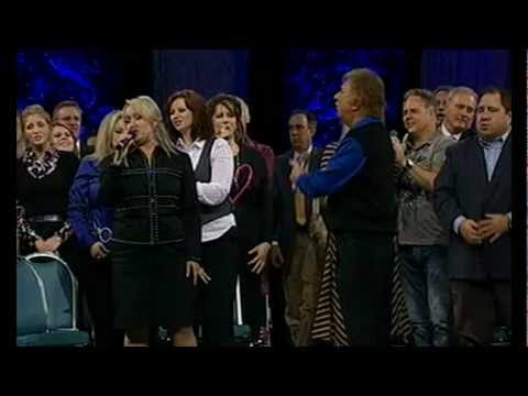 Kim Hopper & Gaither Homecoming The Holy Hills of Heaven Call Me