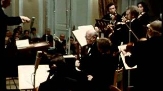 Richter plays Bach (Full Concert)