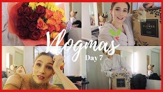OPENING NIGHT OF PANTO! | VLOGMAS DAY 7 | Georgie Ashford