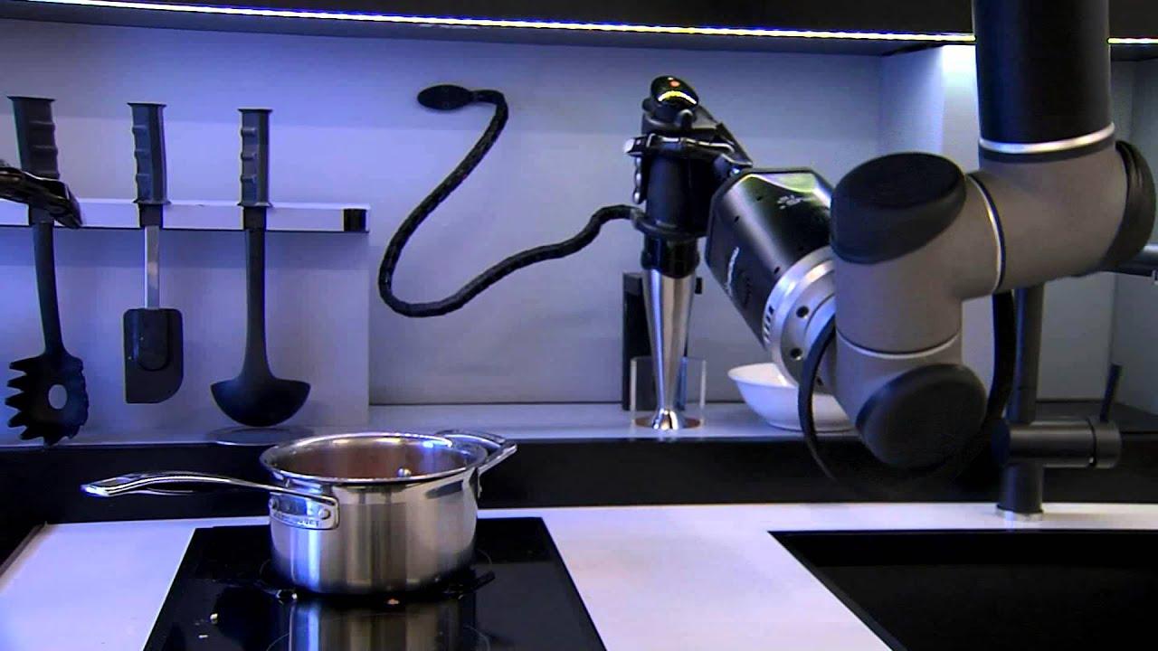 Robot Kitchen Restaurant