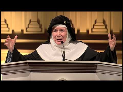 Mother Dolores Hart  2014 Eucharistic Congress