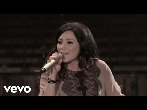 kari-jobe---only-your-love-(live)