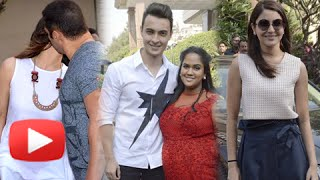 Repeat youtube video Bollywood Celebs At Salman Khan's Sister Arpita Khan's Baby Shower Event, Mumbai