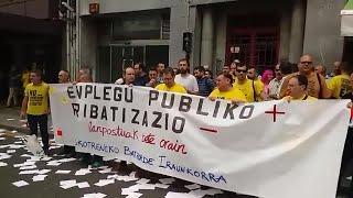 """Trabajadores de Euskotren se concentran contra la """"privatización encubierta"""""""