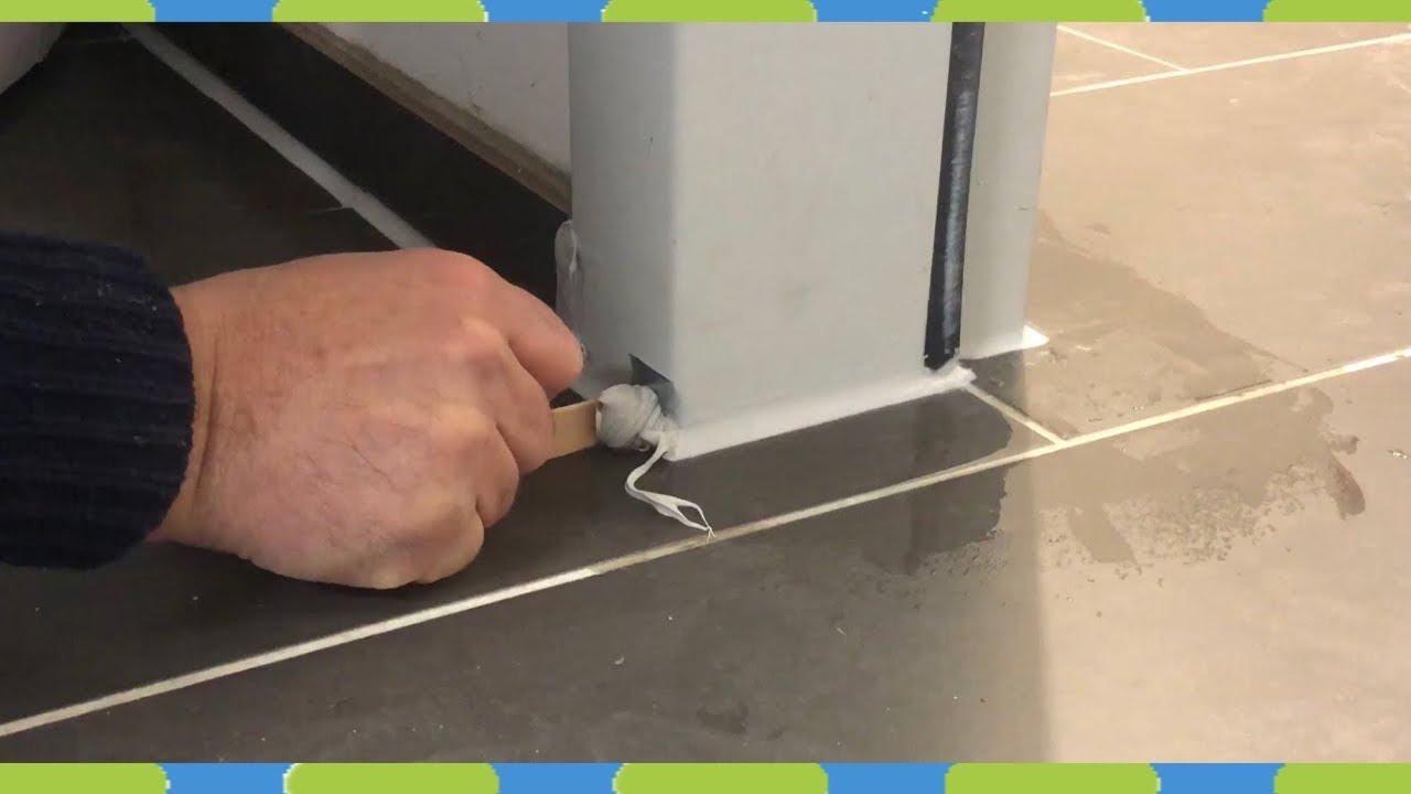 Fußboden Fliesen Dehnungsfuge ~ Silikonfugen ziehen bodenfliesen dehnungsfuge silikonieren youtube