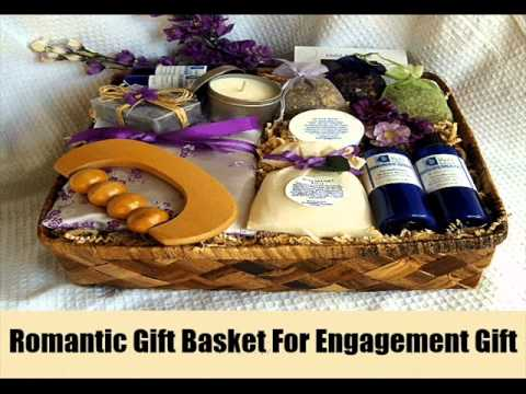 10 Engagement Gifts Ideas For Couples