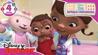 De Speelgoeddokter | Magisch Moment: Lilly moet in bad | Disney Junior NL