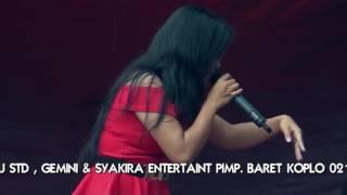 Video Syakira entertaint dangdut koplo, juragan empang download MP3, 3GP, MP4, WEBM, AVI, FLV Oktober 2017