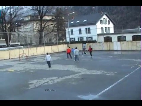 StReEt SoCcEr Vol.5 http://prodigesunited.skyblog.com/ from YouTube · Duration:  2 minutes 46 seconds