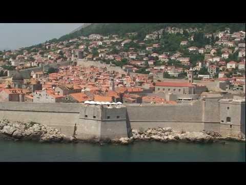 Dubrovnik   ex  Ragusa  ( solo  la  parte  vecchia fortificata )