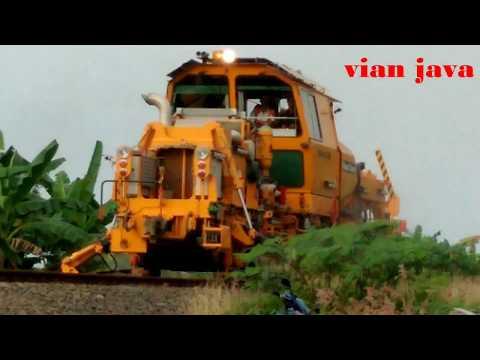 Alat Canggih untuk Merawat Rel Kereta PT. KAI